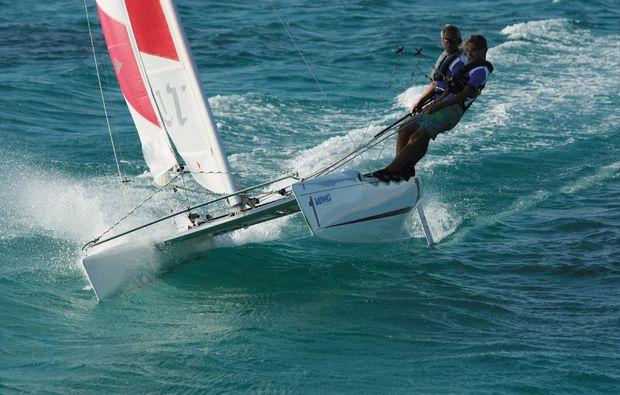 Katamaran segeln  Katamaran segeln lernen | Segeln auf dem Scharmützelsee
